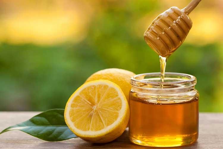 lemon water with honey